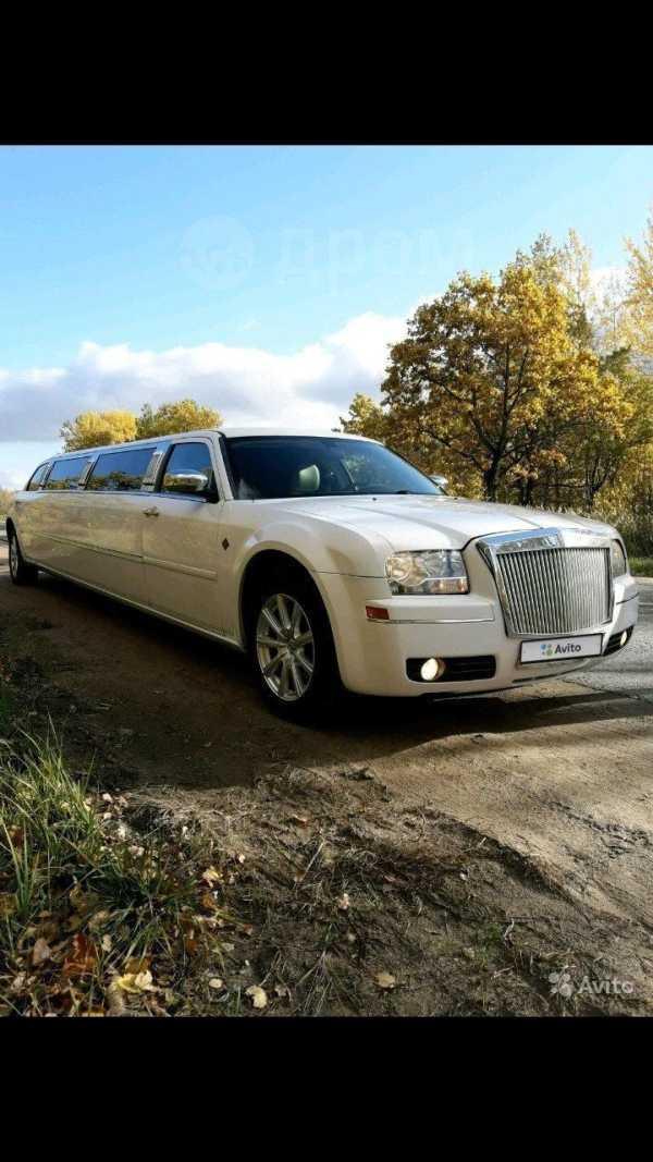 Chrysler 300C, 2006 год, 870 000 руб.