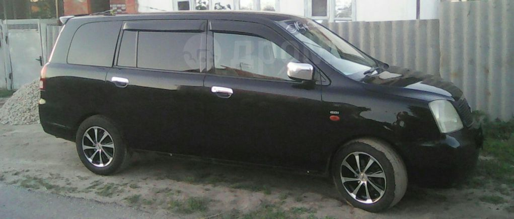 Mitsubishi Dion, 2001 год, 280 000 руб.
