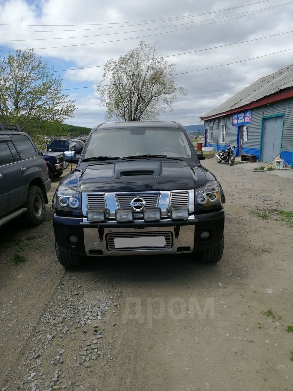 Nissan Titan, 2005 год, 1 200 000 руб.