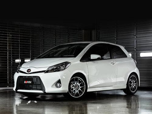 Toyota Vitz 2013 - 2014