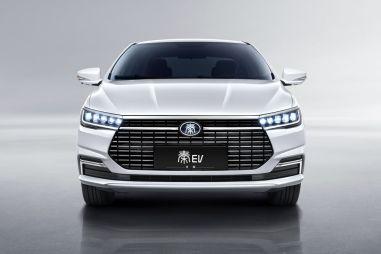 Китайский электрокар BYD Qin EV готов бросить вызов Tesla Model 3 и Geely Geometry A