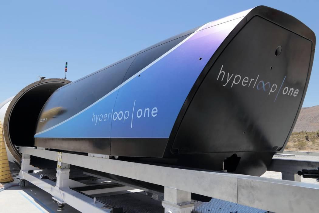 Билет на Hyperloop между Москвой и Санкт-Петербургом стоил бы минимум 16 тысяч рублей
