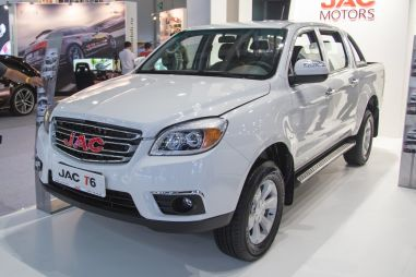 Новый конкурент УАЗа Пикап из Китая: объявлены цены для России
