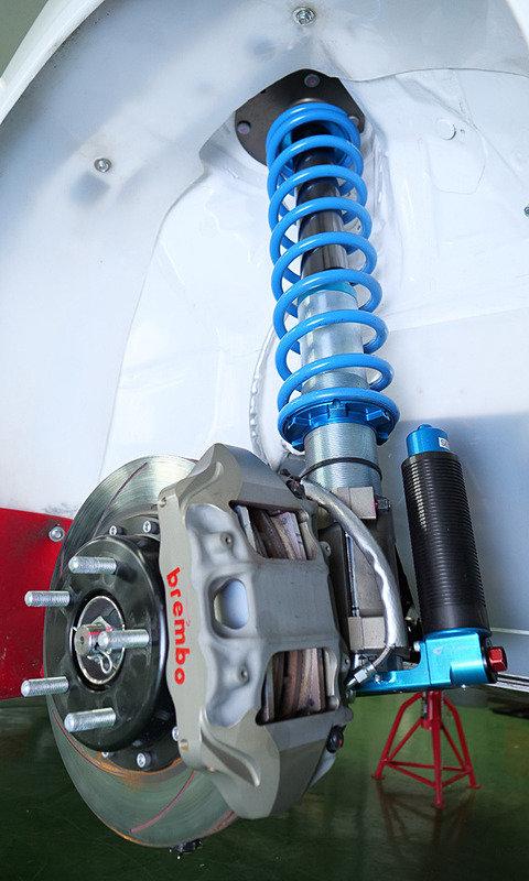 На базе кроссовера Toyota C-HR создан раллийный болид