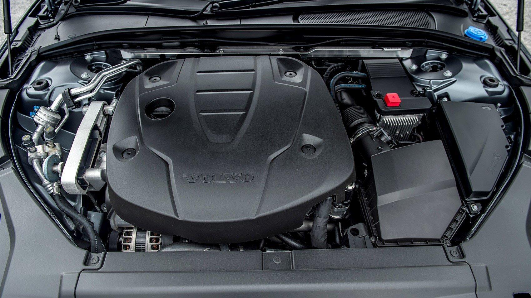 Volvo объявила в России масштабный отзыв: подкапотное пространство может загореться у нескольких тысяч автомобилей
