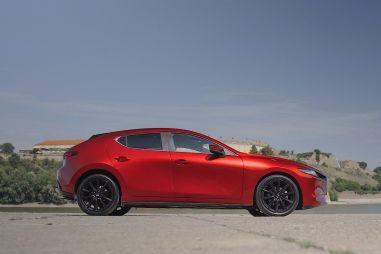 Новая Mazda 3 и философия рафинированности. Что-что?