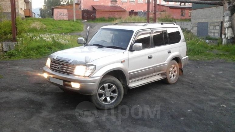 Toyota Land Cruiser Prado, 2000 год, 710 000 руб.