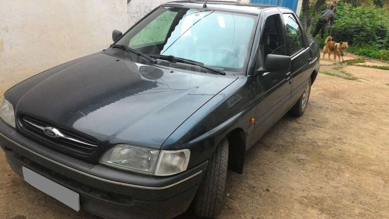 Ford Orion, 1993 год, 140 000 руб.