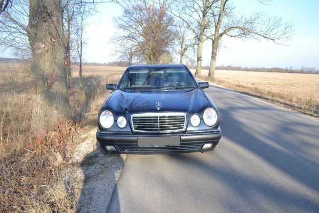 Mercedes-Benz E-Class, 1997 год, 247 000 руб.