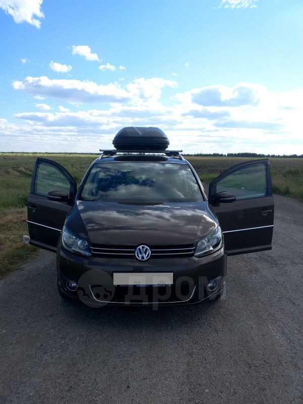 Volkswagen Touran, 2010 год, 850 000 руб.