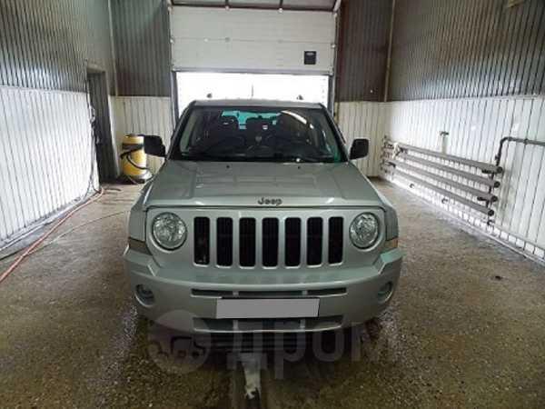 Jeep Liberty, 2009 год, 700 000 руб.