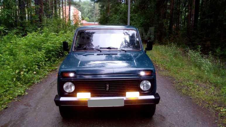 Лада 4x4 2121 Нива, 1999 год, 120 000 руб.