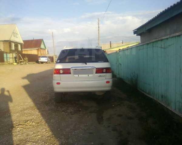 Toyota Ipsum, 2000 год, 300 000 руб.