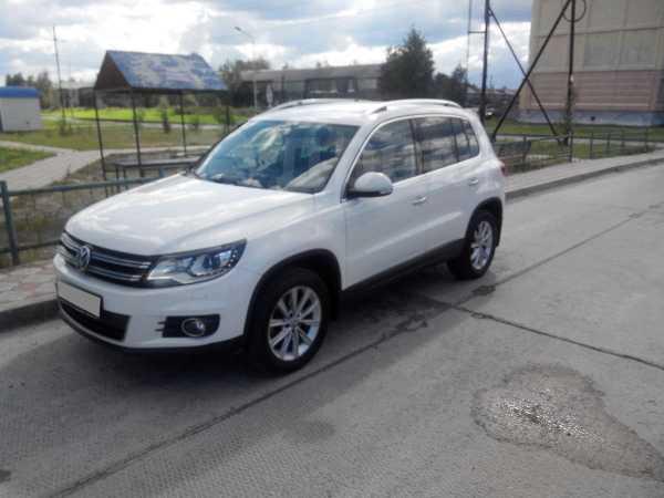 Volkswagen Tiguan, 2012 год, 930 000 руб.