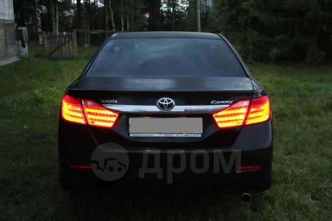 Toyota Camry, 2013 год, 940 000 руб.