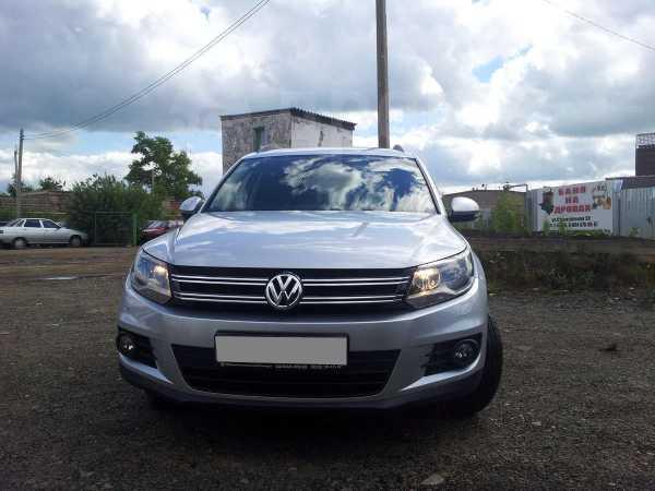 Volkswagen Tiguan, 2013 год, 930 000 руб.