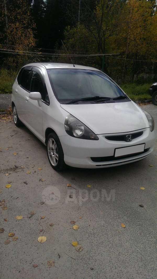 Honda Fit, 2002 год, 219 999 руб.