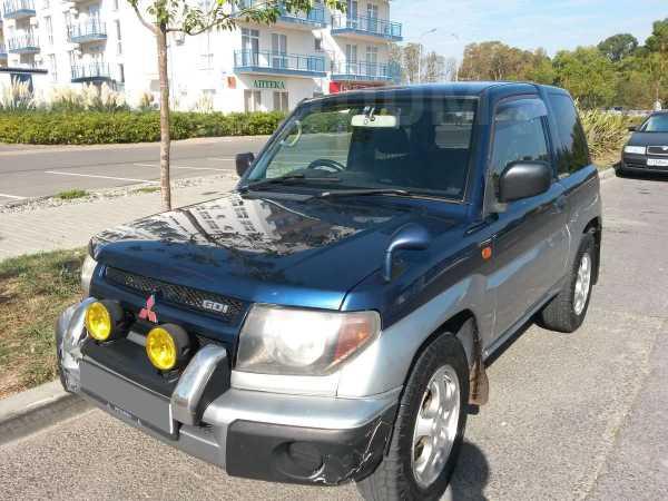 Mitsubishi Pajero iO, 1999 год, 210 000 руб.