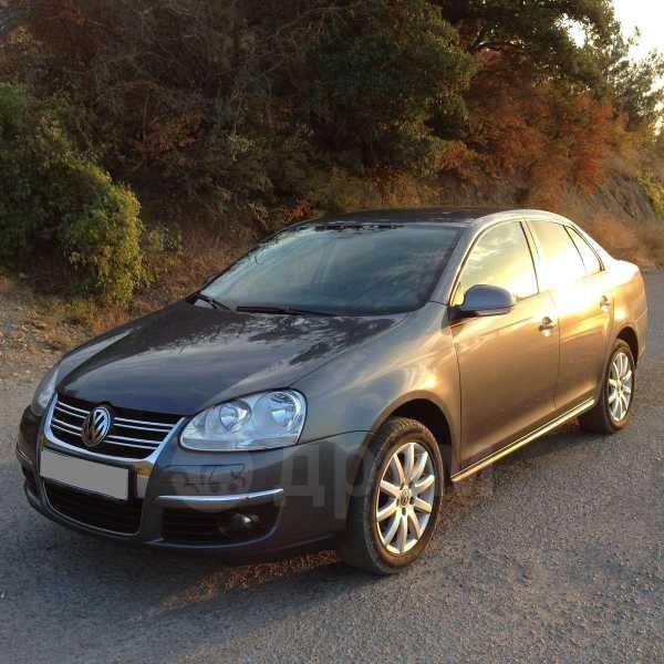 Volkswagen Jetta, 2010 год, 580 000 руб.