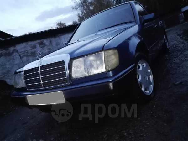 Mercedes-Benz E-Class, 1990 год, 140 000 руб.