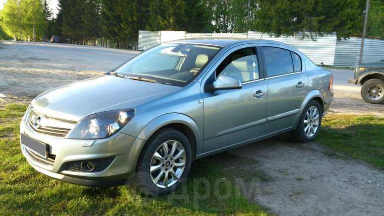 Opel Astra, 2012 год, 570 000 руб.