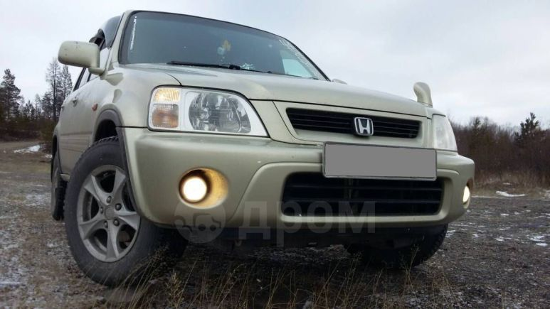 Honda CR-V, 1998 год, 300 000 руб.