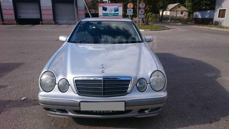 Mercedes-Benz E-Class, 2001 год, 450 000 руб.