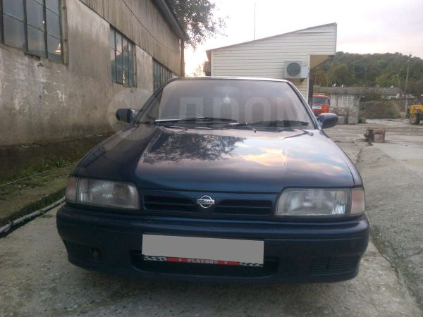Nissan Primera, 1992 год, 110 000 руб.