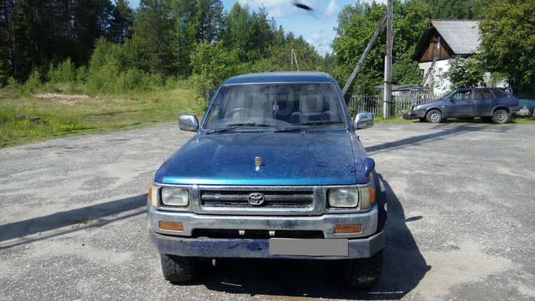 Toyota Hilux Pick Up, 1992 год, 330 000 руб.