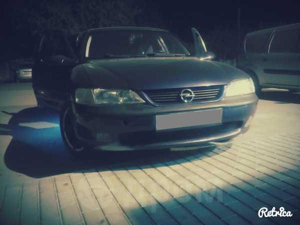 Opel Vectra, 1996 год, 125 000 руб.