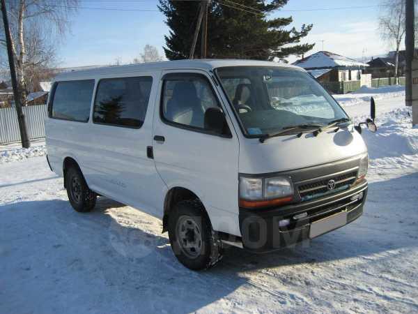 Toyota Hiace, 2002 год, 460 000 руб.