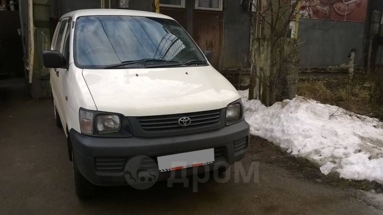 Toyota Town Ace, 1999 год, 255 000 руб.