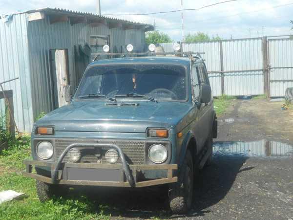 Лада 4x4 2121 Нива, 1999 год, 110 000 руб.