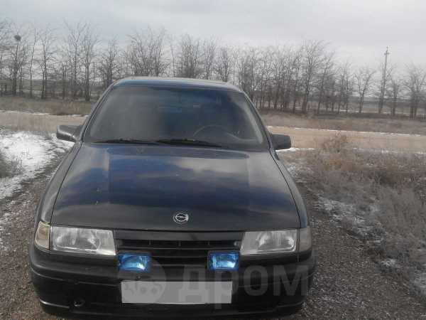 Opel Vectra, 1989 год, 82 000 руб.
