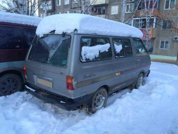 Nissan Largo, 1985 год, 95 000 руб.