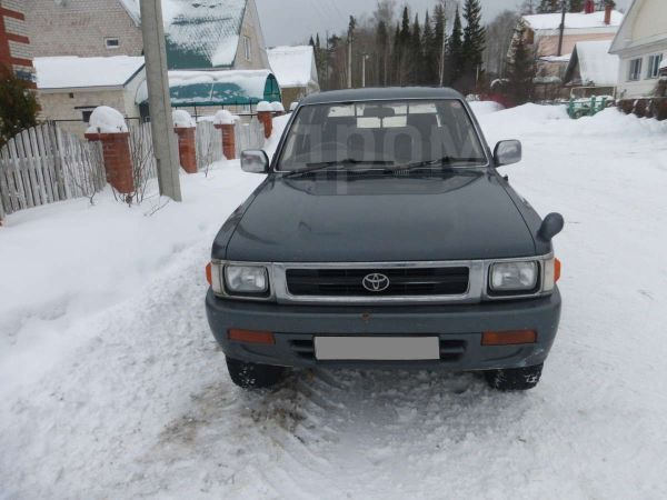 Toyota Hilux Pick Up, 1994 год, 280 000 руб.