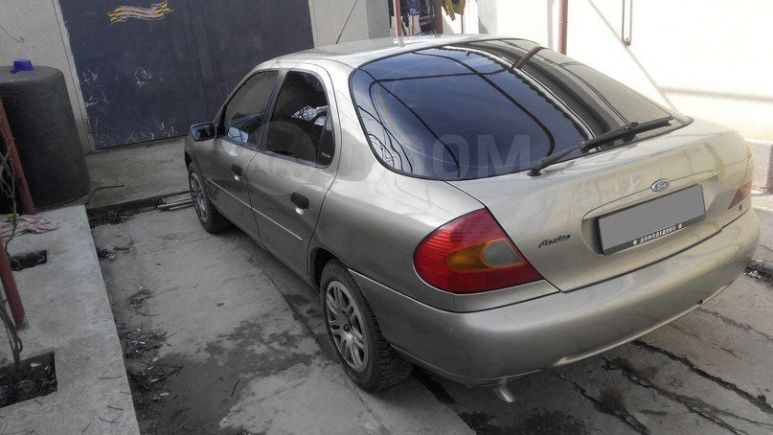 Ford Mondeo, 1999 год, 105 000 руб.