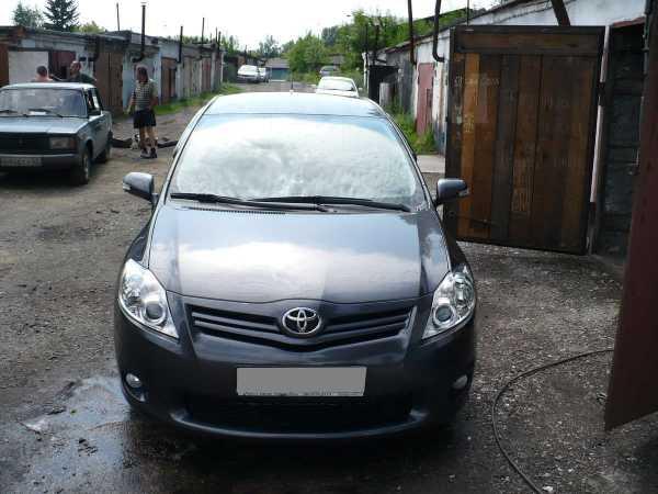 Toyota Auris, 2010 год, 640 000 руб.