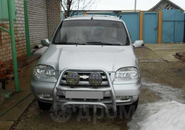 Chevrolet Niva, 2004 год, 175 000 руб.