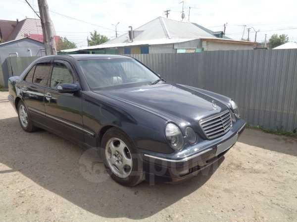 Mercedes-Benz E-Class, 2001 год, 377 000 руб.