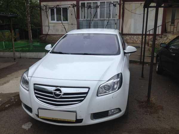 Opel Insignia, 2013 год, 825 000 руб.