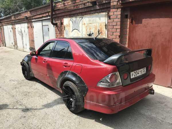 Toyota Altezza, 2000 год, 499 000 руб.