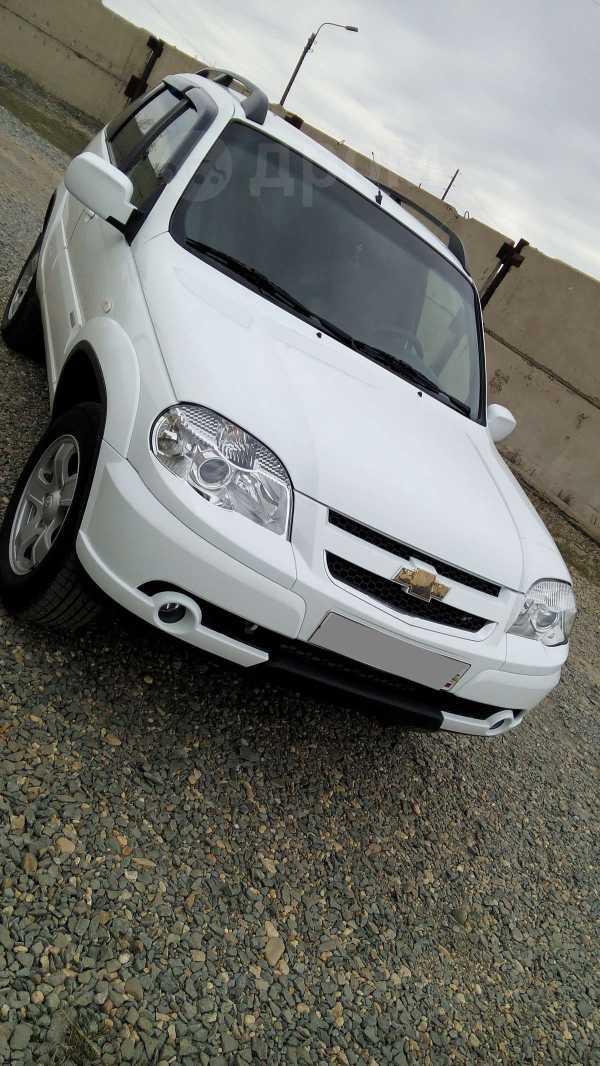 Chevrolet Niva, 2011 год, 375 000 руб.