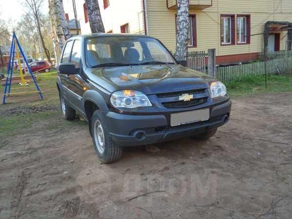 Chevrolet Niva, 2010 год, 300 000 руб.