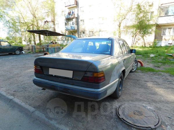 Mercedes-Benz E-Class, 1986 год, 100 000 руб.