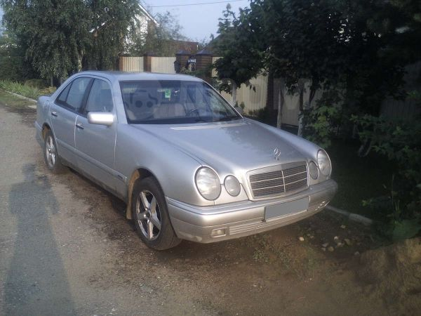 Mercedes-Benz E-Class, 1998 год, 230 000 руб.