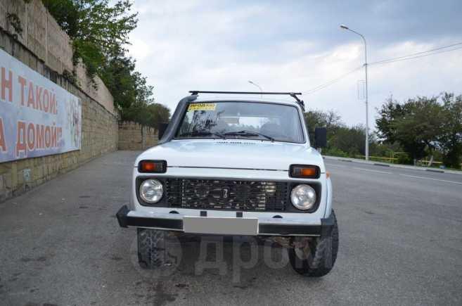 Лада 4x4 2121 Нива, 2002 год, 145 000 руб.