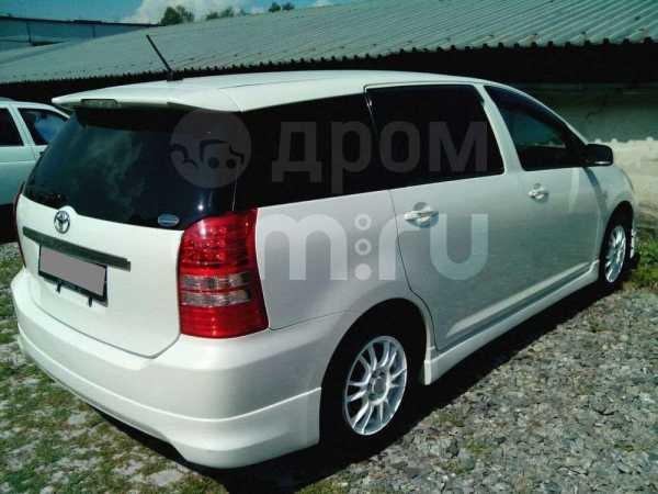 Toyota Wish, 2004 год, 495 000 руб.