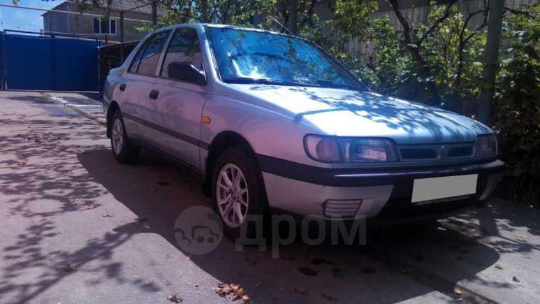 Nissan Sunny, 1992 год, 145 000 руб.