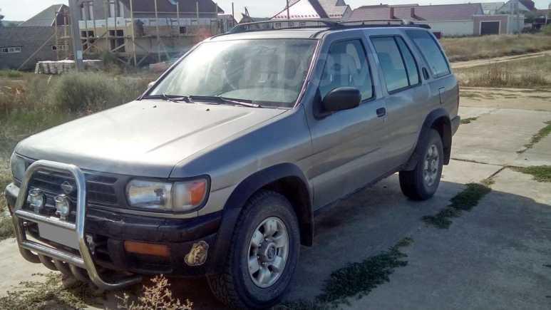 Nissan Pathfinder, 1999 год, 380 000 руб.